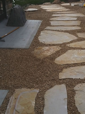 <strong>PAVERS & PATIOS</strong>